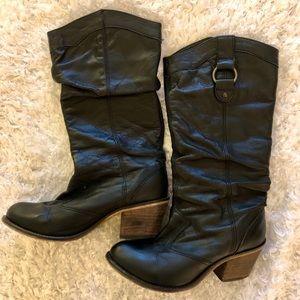 Steve Madden Gammbble Cowboy Boots